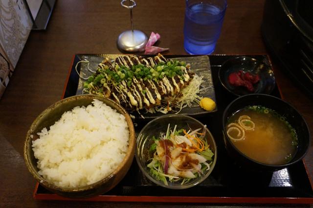 ジューシー豚カツ定食